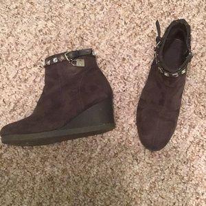 Micheal Kors Grey Boots